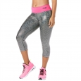 ZUMBA Light Up The Dance Floor Metallic Capri Legging - STRIEBORNÉ - 41,95 €